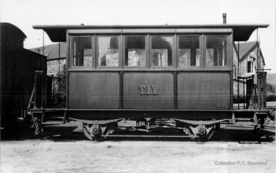 Un wagon de voyageurs du TIV (Collection PY.Bourneuf)
